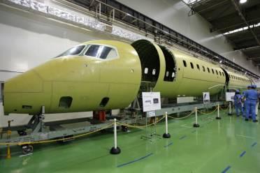 MRJ under construction (Japan Times)