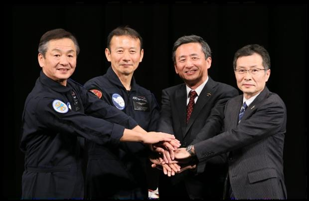 MRJ Press Conference after first flight - 11112015 (Picture - Mitsubishi Aircraft)