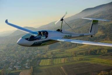Pipistrel's pioneering Taurus Electro - Electric Plane (Slovenia)